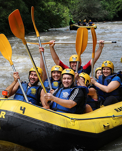 Améliorer l'esprit d'équipe en rafting